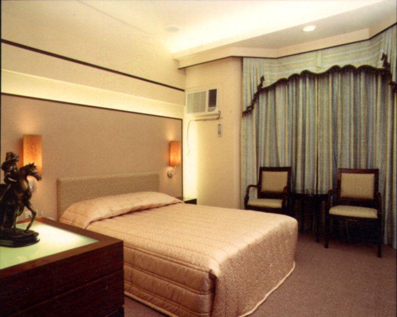 台中愛之船商務汽車旅館